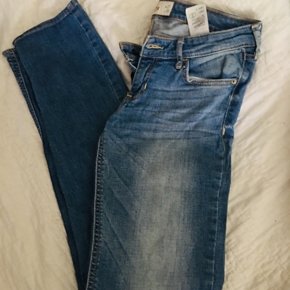 Hollister Denim - Size 5L Hollister Jeans